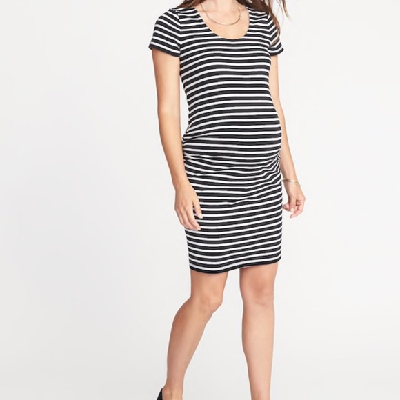 6b6cd8a1608 Old Navy Maternity Bodycon Dress Small Petite. M 5b67df1ad6716ae08205b31d